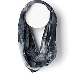 Simons Abstract Painterly Infinity Scarf